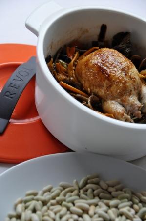 La Petite cocotte de caille aux flageolets et chanterelles d'automne