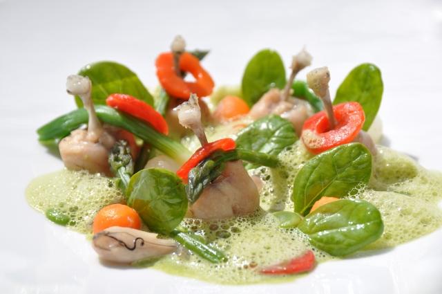 Une petite soupe de cuisses de grenouilles à l'oseille
