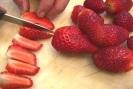 couper les fraises en quartiers