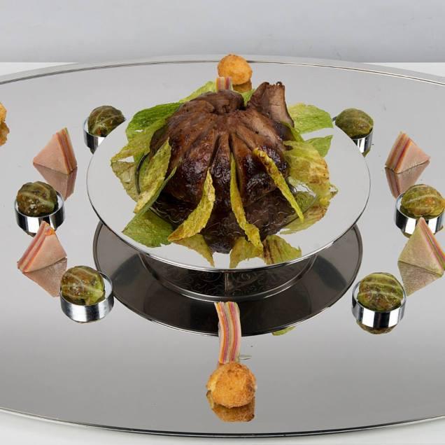 Laure Anne DENNIS meat plate