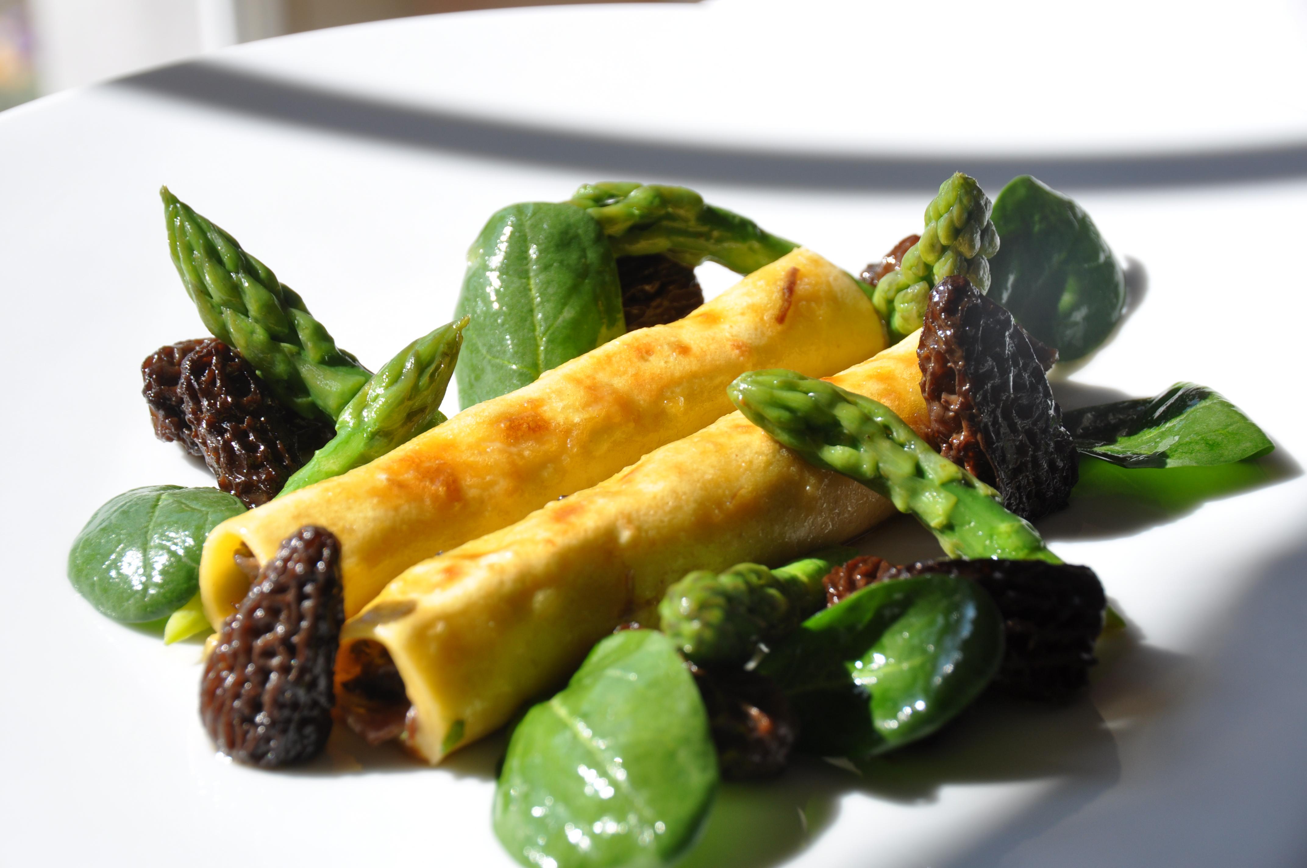 Les cannellonis de boeuf aux asperges vertes et morilles st phane d cotterd - Cuisiner les asperges vertes fraiches ...