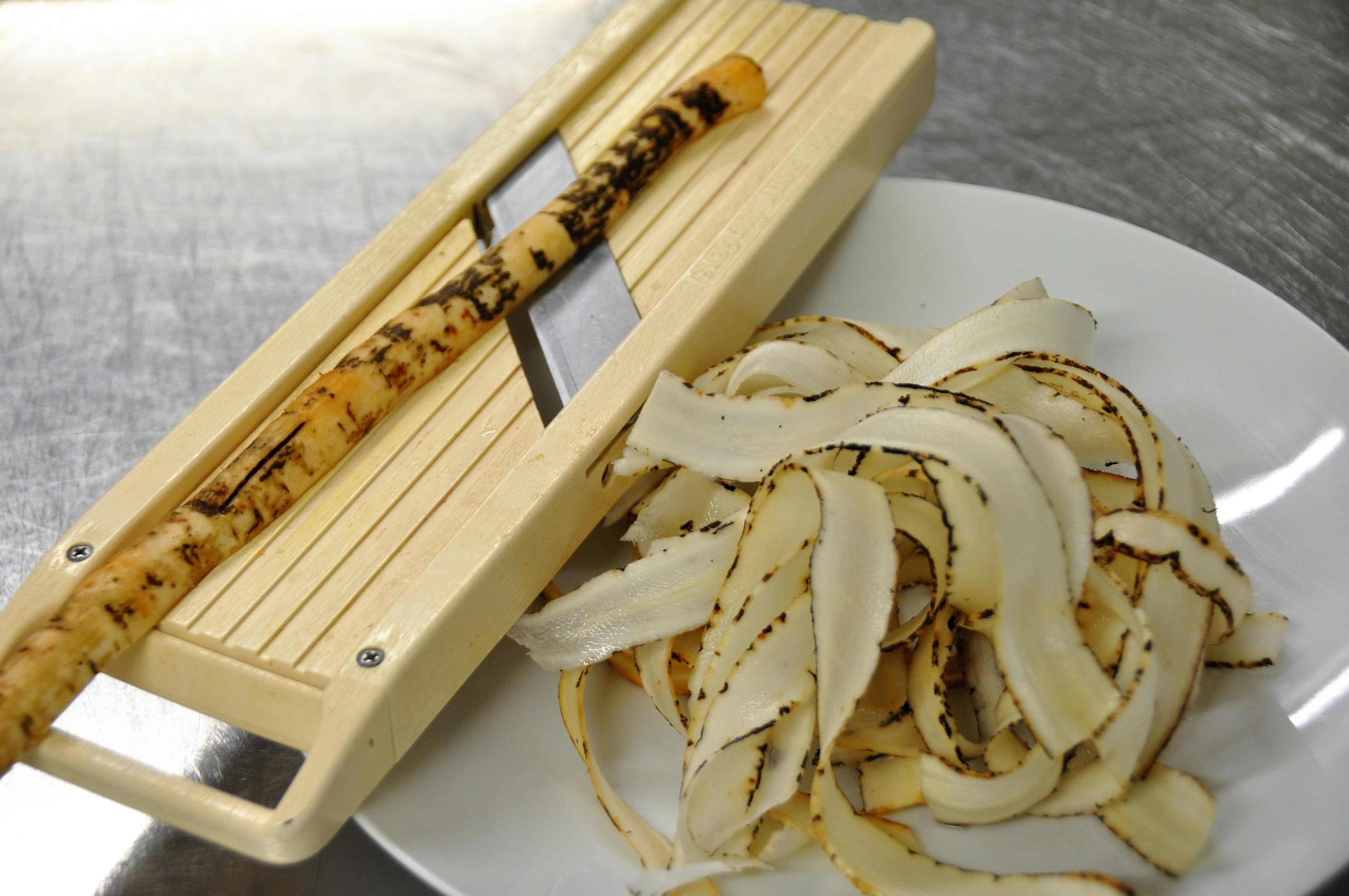 En attendant les asperges comment cuisiner les salsifis - Comment cuisiner les coeurs d artichaut ...
